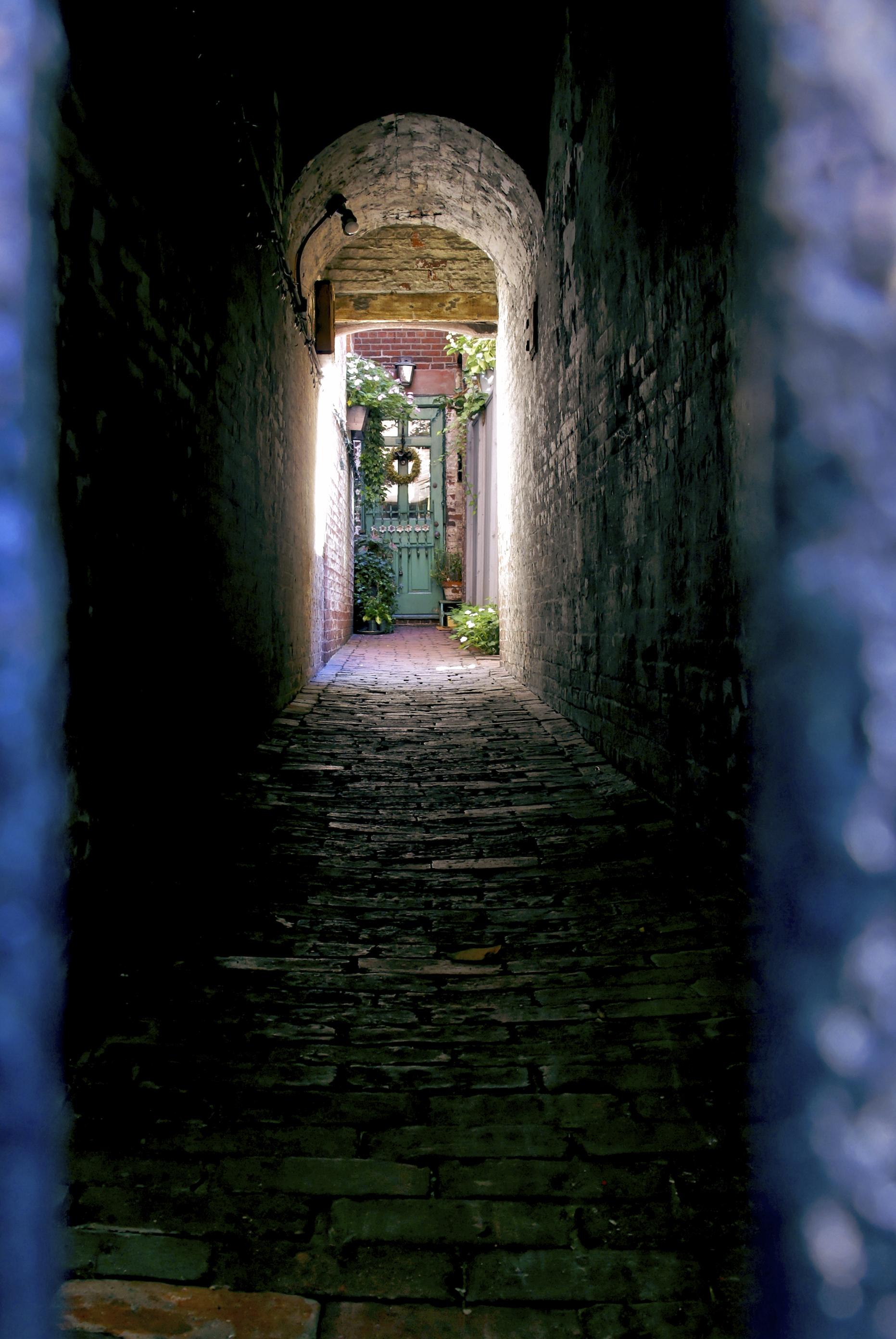 Estillyen Tunnels